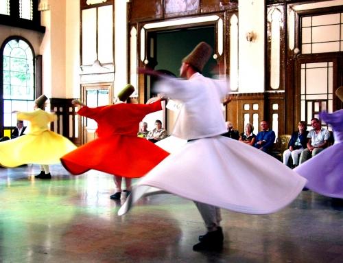 La danza giratoria Sufí